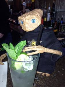 E.T. enjoyed a mojito at Andaluz, a Tapas Bar with delicious food, before heading next door to the Elsinor to accept his award.
